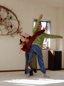 舞踏で遊ぼう2ヨガ部屋